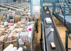 Record aantal pakketten bij PostNL.